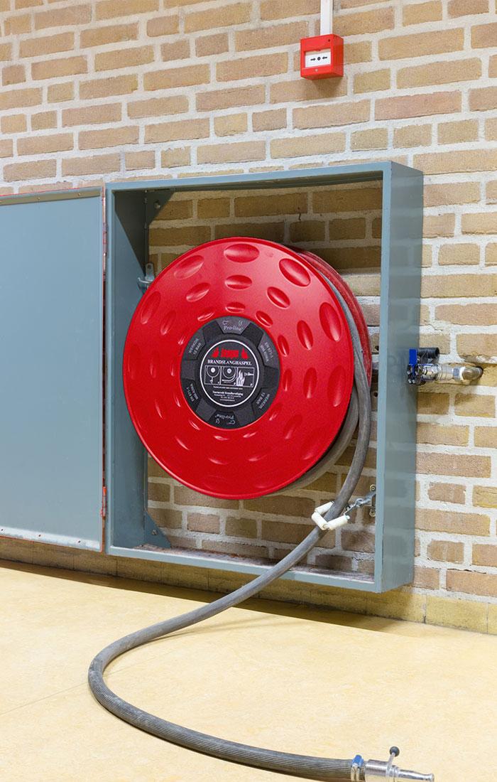 Slanghaspel-muur-tempo-brandbeveiliging-1