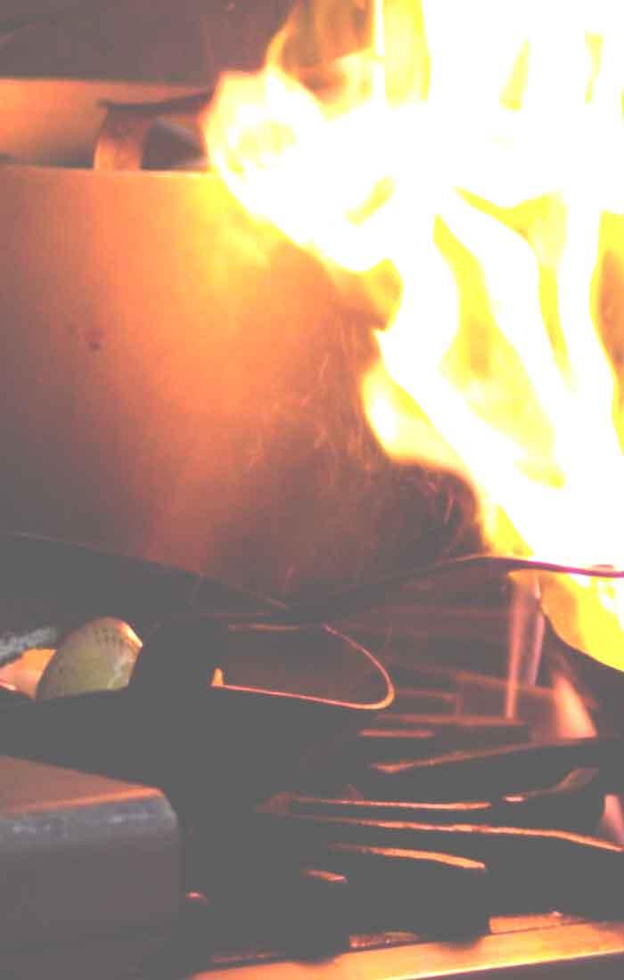 brand-vet-blusser-pan-koken-keuken-frituur